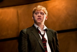 Rupert-Grint-Sweets-in-Mojo-at-the-Harold-Pinter-Theatre.-Photo-credit-Simon-Annand-300x205